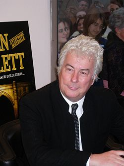http://www.prise2tete.fr/upload/maitou22-Ken_Follett_2007.JPG